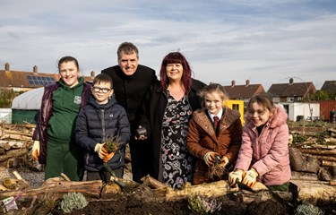 Metro Mayor Visits Grow Speke